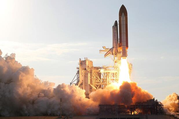 discovery-space-shuttle-2041999_1920.jpg